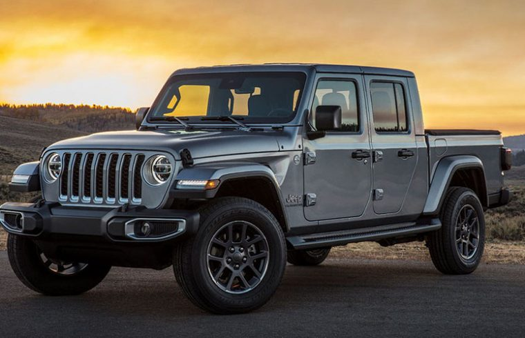 Kelley Blue Book: Five new midsize pickup trucks compared ...